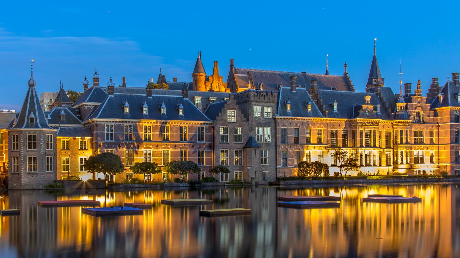 Parliament Binnenhof The Hague - Amsterdam